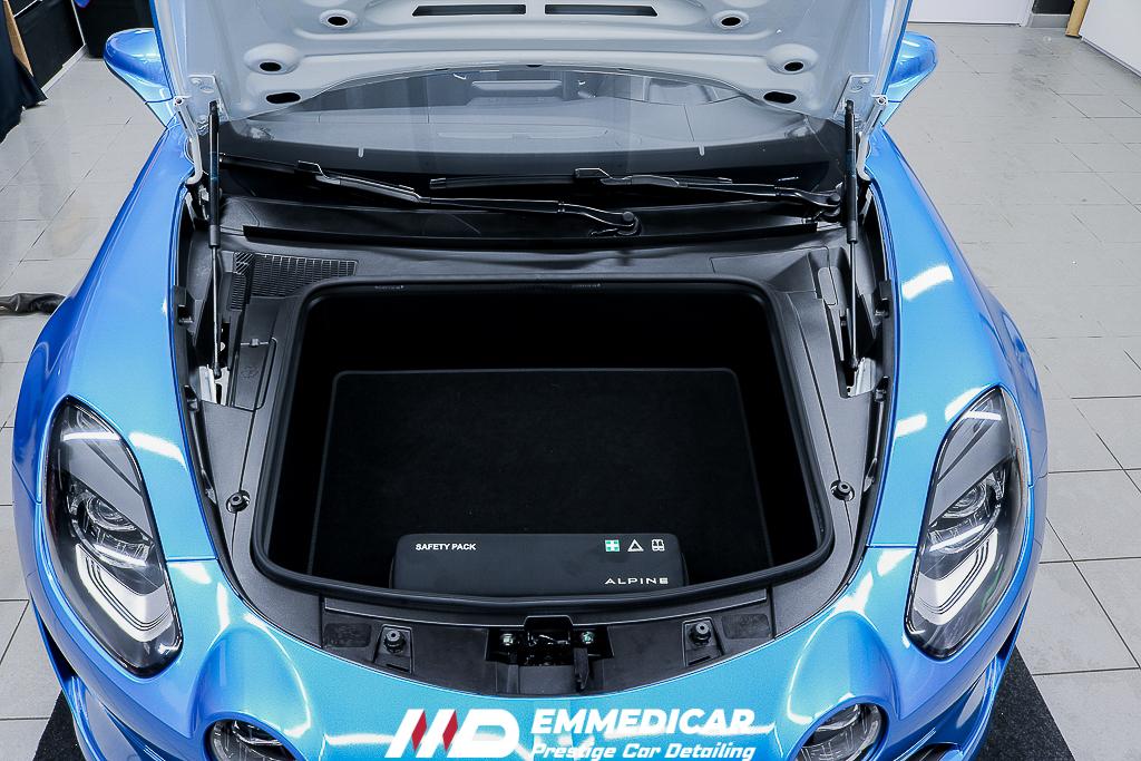 ALPINE S4, car detailing