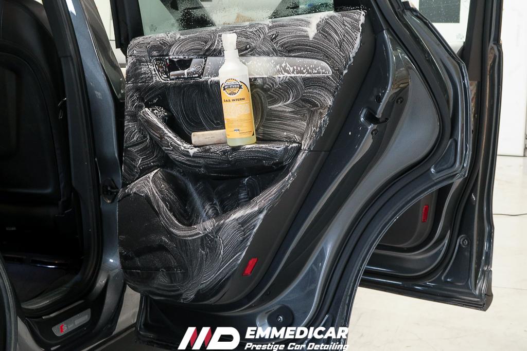 AUDI Q5, igienizzazione interni auto,