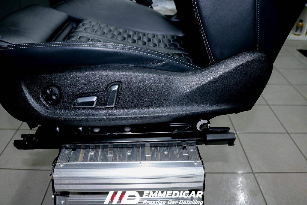 audi rs6, protezione plastica auto