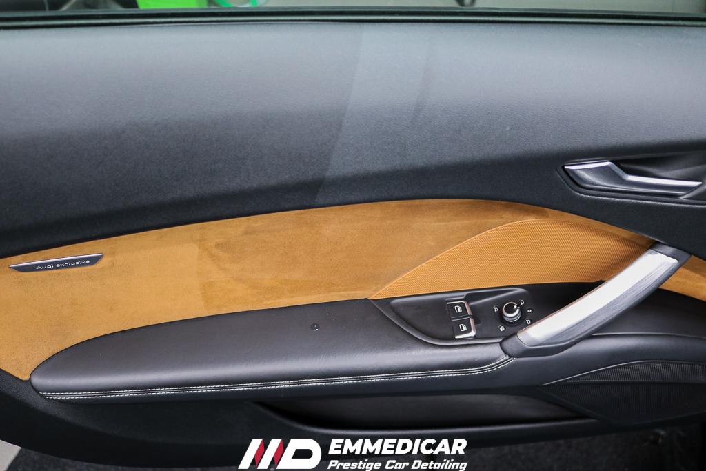 AUDI TTS, ravvivante plastiche auto