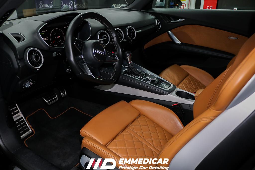 AUDI TTS, pulizia interni auto