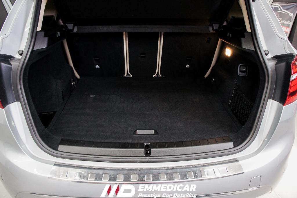 BMW 225 IBRID, car detailing