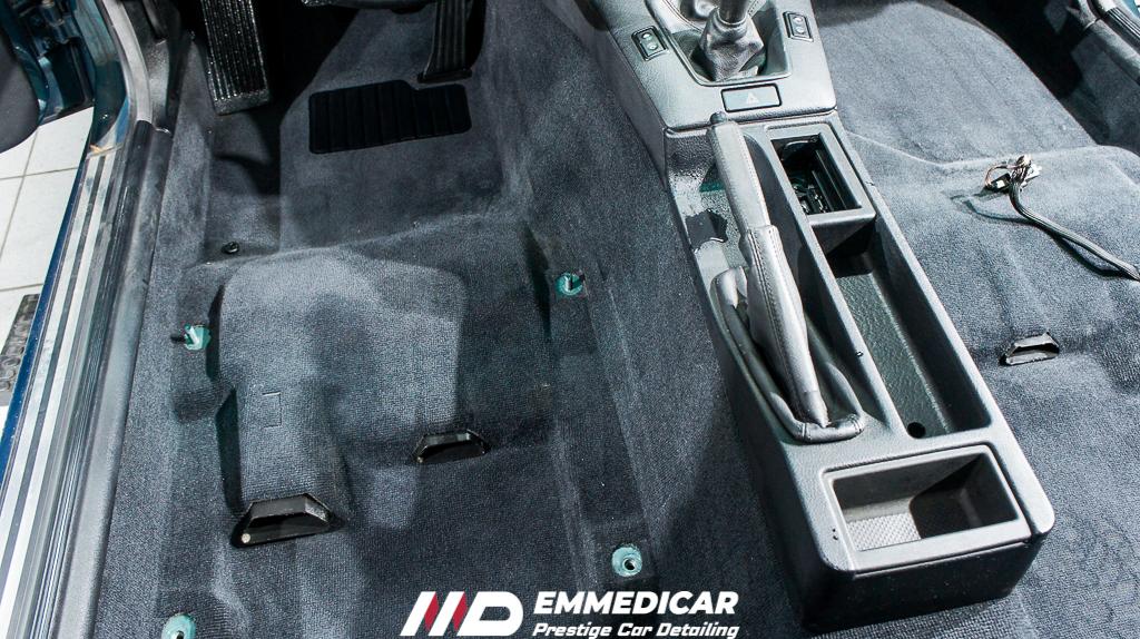 bmw 318 is, pulizia sedili interni auto