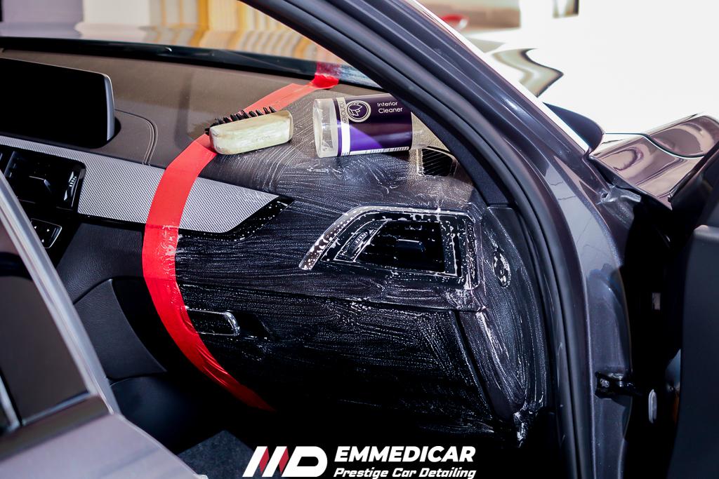 BMW SERIE 1 120d, igienizzazione abitacolo auto,