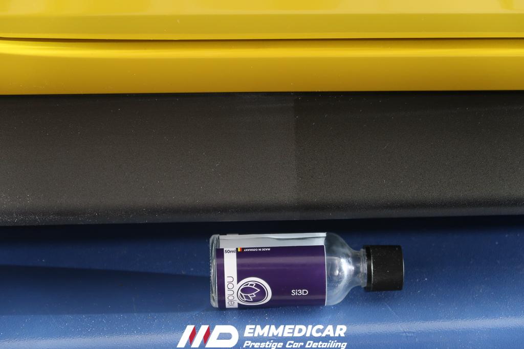 FORD MUSTANG, nanotecnologia plastiche auto,