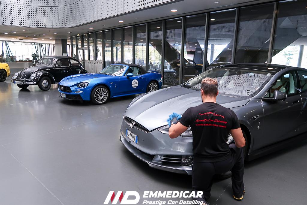 museo dell'auto torino, tesla model s,
