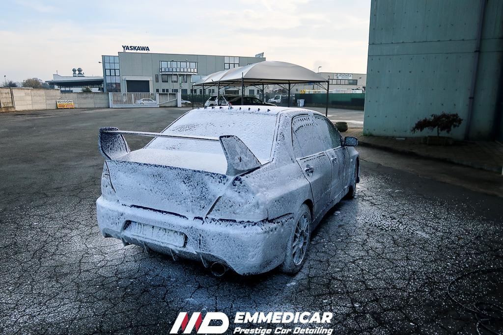 MITSUBISCHI LANCER EVO IX, lavaggio foam auto,