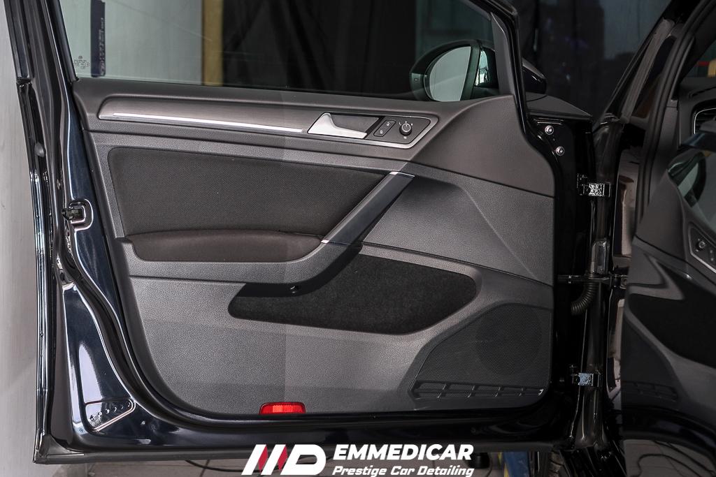 VW GOLF GTI PERFORMANCE, ravvivante plastiche auto,