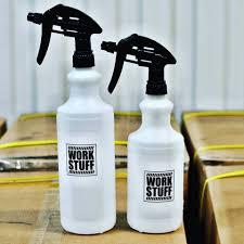 erogatori spray per utilizzo prodotti pulizia auto