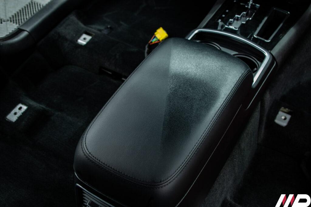 Lancia Thema- igienizzazione pulizia pelle 5050