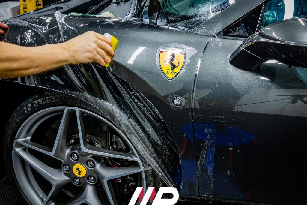 applicazione pellicola ppf xpel su Ferrari F8 Tributo
